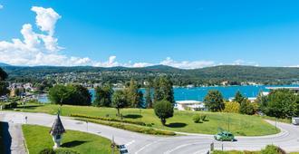 Hotel Eden Park - Velden am Wörthersee - Outdoors view