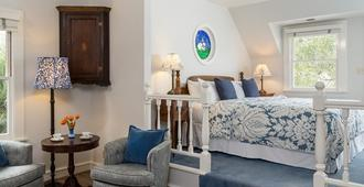 Cheshire Cat Inn & Cottages - Santa Barbara - Bedroom