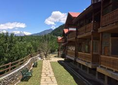 Shivadya Resort & Spa, Experience The Difference - Manāli - Building