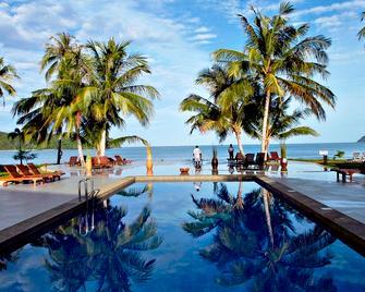 The Frangipani Langkawi Resort & Spa - Pantai Cenang - Bazén