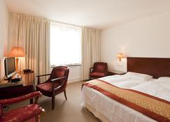 Hotel Garni Bodensee - Bregenz - Schlafzimmer