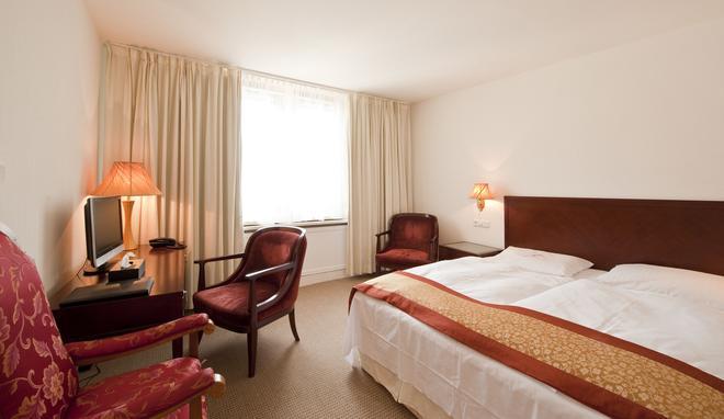 Hotel Garni Bodensee - Bregenz - Habitación