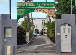 Hôtel Le Nathania - Saint-Pierre - Edificio