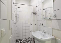 Station Hotel G73 - Saint Petersburg - Bathroom