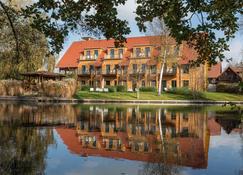 Strandhaus - Boutique Resort & Spa - Lübben - Gebäude