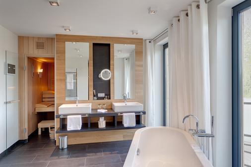 Strandhaus - Boutique Resort & Spa - Lübben - Bathroom