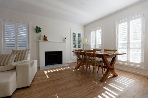Sandymount - Inverloch - Dining room