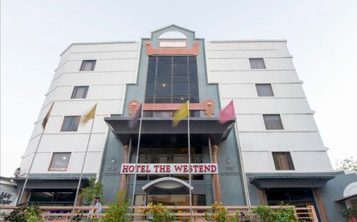 The Westend Hotel - Ahmedabad - Gebäude