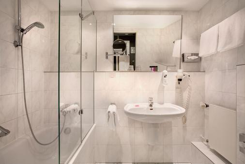 Hotel Berlin, Berlin - Berlin - Bathroom