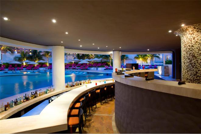 Krystal Grand Punta Cancun - Cancún - Baari