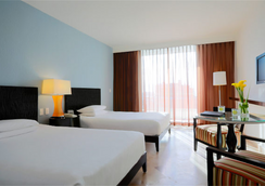 Krystal Grand Punta Cancun - Cancún - Schlafzimmer