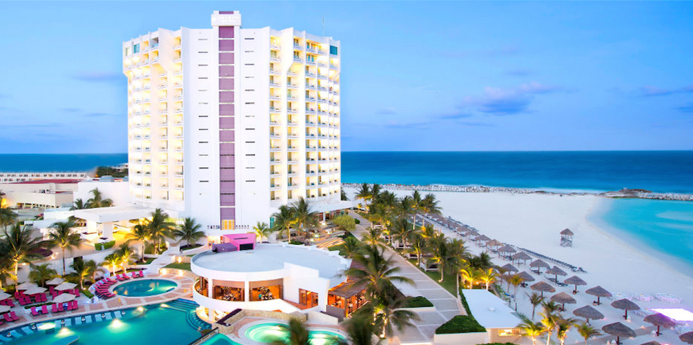 Krystal Grand Punta Cancun Aed 300 A E D 1 8 7 7 Cancun Hotel Deals Reviews Kayak