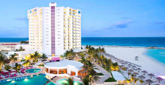 Krystal Grand Punta Cancun - Cancún - Edificio