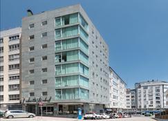 Hotel Exe Puerta de San Pedro - Lugo - Rakennus