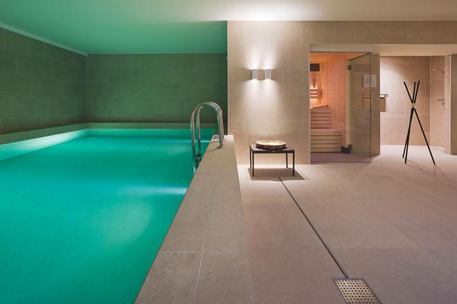 Pestana Amsterdam Riverside – LVX Preferred Hotels & Resorts - Ámsterdam - Piscina