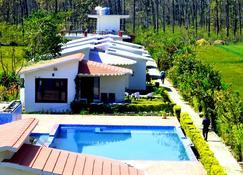 Corbett Treat Resort - Dhela - Budynek