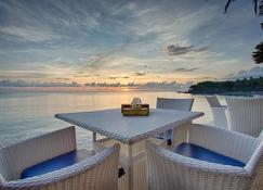 Matahari Tulamben Resort Dive & Spa - Kubu - Innenhof