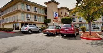 Good Nite Inn Sacramento - Sacramento - Edificio