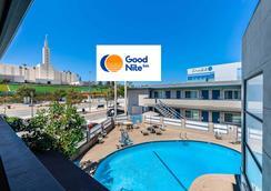 世紀城西洛杉磯阿祖爾酒店 - 洛杉磯 - 洛杉磯 - 游泳池
