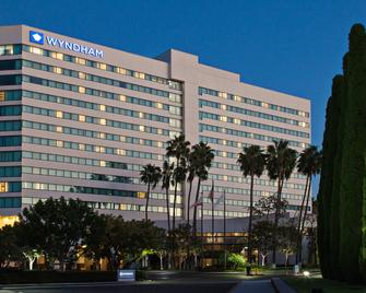 Sonesta Irvine - Orange County Airport - Irvine - Building
