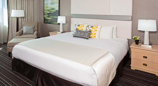 歐文橘郡機場皇冠假日酒店 - 爾灣 - 歐文 - 臥室