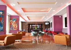 Pestana Chelsea Bridge Hotel & Spa - London - Lounge
