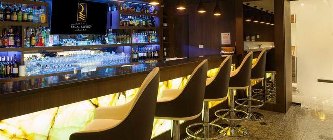 Hotel Regal Pacific Santiago - Santiago - Bar