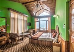 Serendipity Suites Manali - Manāli - Bedroom