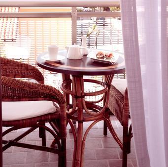 Hotel Bellini - Lignano - Balkon