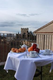 Hotel Don Felipe - Segovia - Food