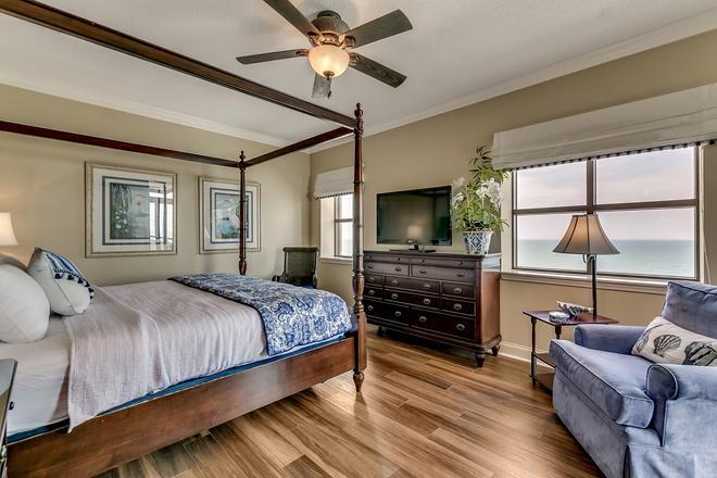 North Beach Plantation - North Myrtle Beach - Bedroom