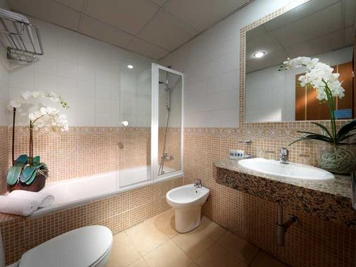 Tribuna - Málaga - Kylpyhuone