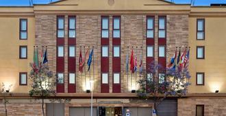 科爾多瓦市艾瑟酒店 - 科多瓦 - 科爾多瓦 - 建築