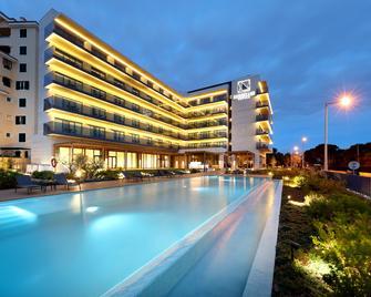 卡斯凱什歐洲之星酒店 - 卡斯凱斯 - 卡斯卡伊斯 - 游泳池