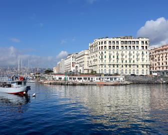 Eurostars Hotel Excelsior - Νάπολη - Κτίριο