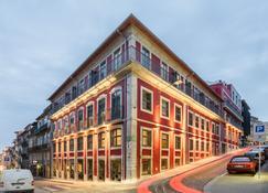Exe Almada Porto - Porto - Building