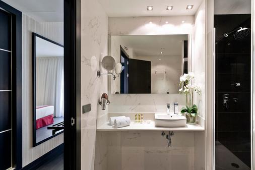 Eurostars Fuerte Ruavieja - Logroño - Bathroom
