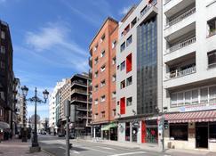 Exe Hotel El Magistral - Oviedo - Building