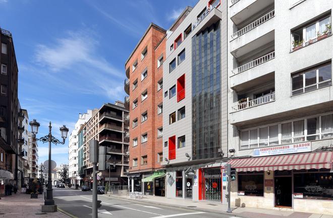 Exe Hotel El Magistral - Oviedo - Rakennus