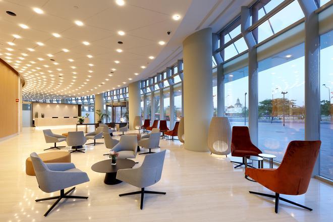 塞維利亞托雷歐洲之星酒店 - 塞維利亞 - 大廳