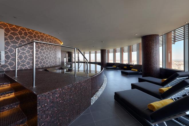 塞維利亞托雷歐洲之星酒店 - 塞維利亞 - 游泳池