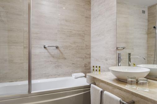 Eurostars Roma Aeterna - Rome - Bathroom