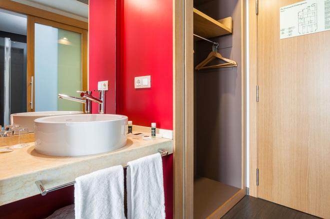Hotel Exe Princep - Les Escaldes - Kylpyhuone