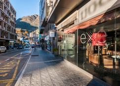 Hotel Exe Princep - Les Escaldes - Außenansicht