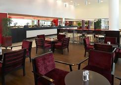 Courtyard by Marriott London Gatwick Airport - Gatwick - Restaurant