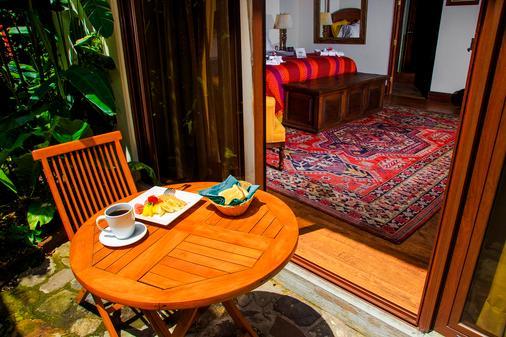 安地瓜城門酒店 - 安地瓜古城 - 危地馬拉安地瓜 - 陽台