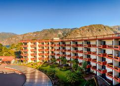 Porta Hotel del Lago - Panajachel - Edifici
