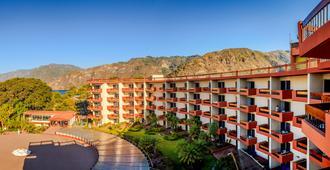 Porta Hotel del Lago - Panajachel - Edificio