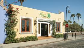 El Encanto Inn & Suites - San José del Cabo - Building