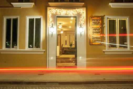 英坎多溫泉套房酒店 - 聖荷西卡波 - 卡波聖盧卡 - 櫃檯